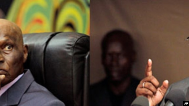 (L-R) Senegalese President Abdoulaye Wade; Opposition presidential candidate and former prime minister Macky Sall (February 2012 file photos)
