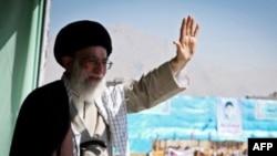 Ayatollah Ali Khamenei ຜູ້ນໍາສູງສຸດຂອງອີຣ່ານ. ວັນທີ 6 ພຶດສະພາ 2012/