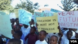 Zimbabwean children in a street protest against child marriage. (Photo: Irwin Chifera)
