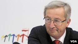 Pemimpin keuangan Eropa, Jean-Claude Juncker mengatakan, kreditor swasta khawatir rugi besar atas pinjaman dana talangan kepada Yunani.