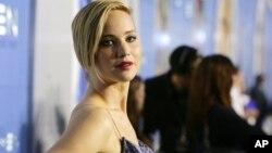 Jennifer Lawrence ha pedido la ayuda del FBI para investigar la filtración de fotos suyas en las que aparece desnuda.
