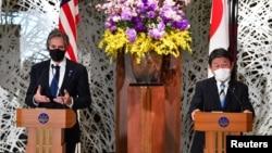 2021年3月16日美国国务卿布林肯和日本外相茂木敏充在日本东京举行新闻发布会。