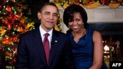 Božićno obraćanje naciji Baraka i Mišel Obame