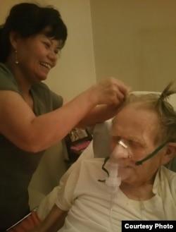 Chị Nga là người con duy nhất của ông Gary. Ông gọi cô con lai Việt là Angel.