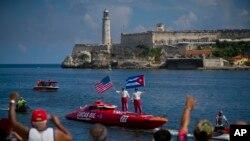 """Castelo """"El Morro"""" em Havana, Cuba"""