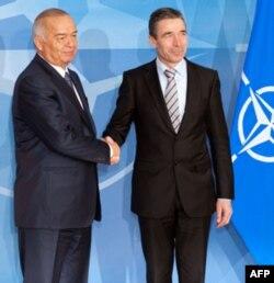 Prezident Karimov NATO Bosh kotibi Anders Fog Rasmussen bilan, Bryussel, 24 yanvar 2011