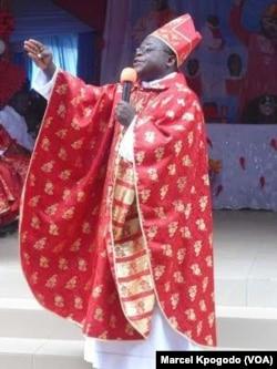 Parfaite, dieu de Banamè, au Bénin. (VOA/Marcel Kpogodo)