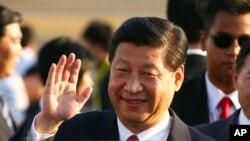 2013年10月5号中国国家主席习近平到达印尼参加亚太经合组织非正式首脑会议