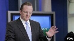 Juru Bicara Gedung Putih Robert Gibbs menyampaikan briefing kepada pers di Gedung Putih, Selasa, 14 Desember 2010.