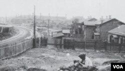 1933年乌克兰大饥荒中的哈尔科夫地区。照片最早由奥地利工程师维尼伯格拍摄,乌克兰媒体和民族记忆学院公布了复制版。(美国之音白桦)