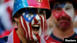 美国队球迷助战