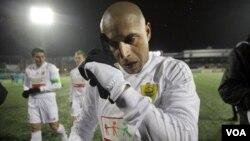 Roberto Carlos llegó al Anzhi Makhachkala en febrero de 2011.