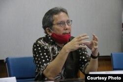 Anggota Ombudsman RI, Alamsyah Saragih saat berbicara dalam konferensi pers terkait rangkap jabatan komisaris BUMN di 2019 (28 Juni 2020) Foto : Ombudsman RI