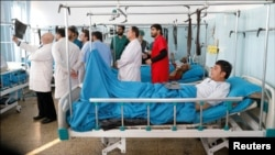 کابل میں ایک سرکاری عمارت پر مسلح افراد کے حملے میں زخمی ہونے والا ایک شخص