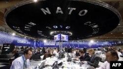 2010 NATO İçin Kabuk Değiştirme Yılı Oldu