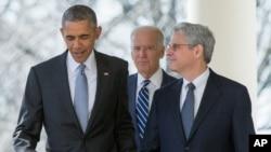 قاضی گارلند، سمت راست باراک اوباما، گزینه او برای دیوان عالی آمریکا است.