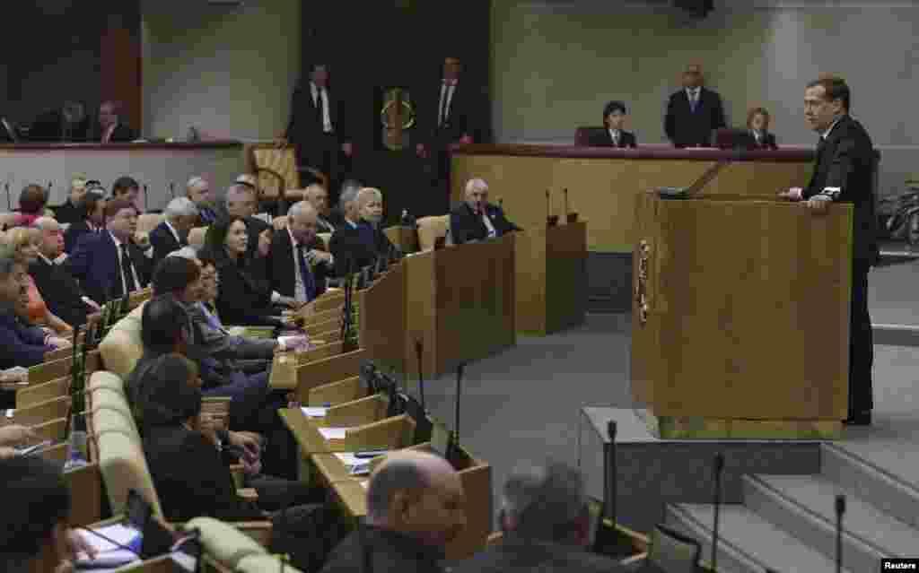 Thủ tướng Dmitry Medvedev phát biểu trước Viện Duma về sự phát triển kinh tế và xã hội của Nga, ngày 22/4/2014.