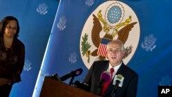 Mwakilishi maalum wa Marekani Sudan Kusini Bw.Donald Booth akizungumza na waandishi wa habari.