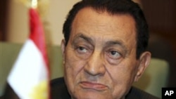 Egyptian President Hosni Mubarak (file photo)