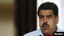 El presidente venezolano, Nicolas Maduro, dice que gobernará hasta el fin de su mandato en 2018.