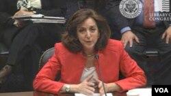 Jacobson prometió seguir ayudando a los cubanos desde el gobierno y la sociedad civil.