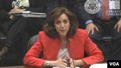 Roberta Jacobson dijo que EE.UU. favorece la idea de fortalecer la OEA en lugar de debilitarla.
