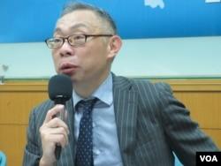 台湾师范大学政治系教授范世平 (美国之音张永泰拍摄)