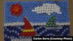 Obra do ecologista Carlos Serra, Moçambique, 2015. Serra usa material reciclado.