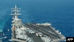 美国艾森豪威尔号航空母舰(资料照片)