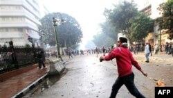 Բախումներ Կահիրեում՝ ցուցարարների և ռազմական ոստիկանության միջև