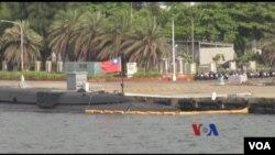 台灣潛艇停靠在港口。(視頻截圖)