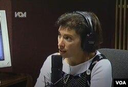 """Barbara Klajn vodi program """"News Now"""" za vreme terorističkih napada na Njujork 11. septembra 2001."""