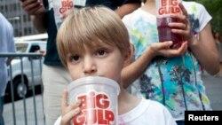 大型含有糖份飲品