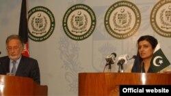 پاک افغان وزرائے خارجہ کی اسلام آباد میں مشترکہ نیوز کانفرنس