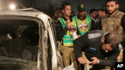 حملۀ انتحاری در بین مردم در پاکستان