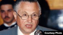 Dr Agim Leka