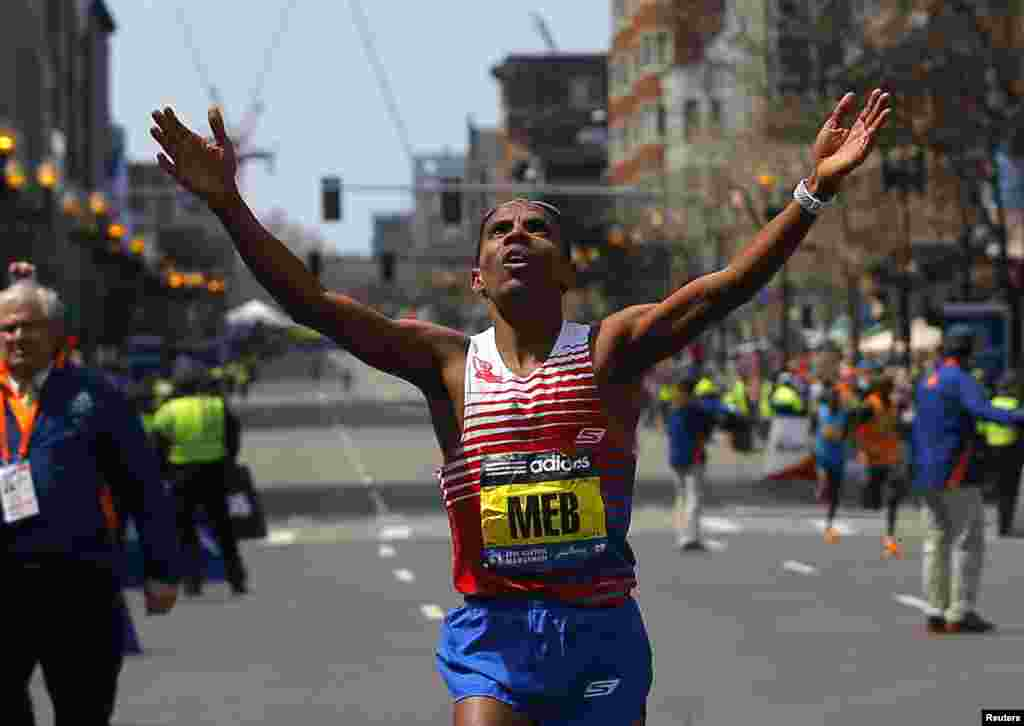 Meb Keflezighi of the U.S. reacts as he wins the men's division at the 118th running of the Boston Marathon in Boston, Mass., April 21, 2014.