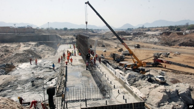 The construction of the dam in Asosa region Ethiopia, Apr. 2, 2013.  Ethiopia started to divert the flow of the Blue Nile river to construct a giant dam, according to its state media, in a move that could impact the Nile-dependent Egypt.