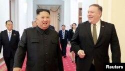 지난 2018년 10월 마이크 폼페오 미국 국무장관이 평양에서 김정은 북한 국무위원장과 만났다.