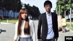 香港本土派青年新政梁督恒及游蕙祯。(美国之音汤惠芸拍摄)