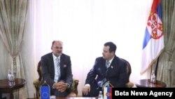 Premijer Srbije Ivica Dačić sa izvestiocem Evropskog parlamenta za Srbiju Jelkom Kacinom.