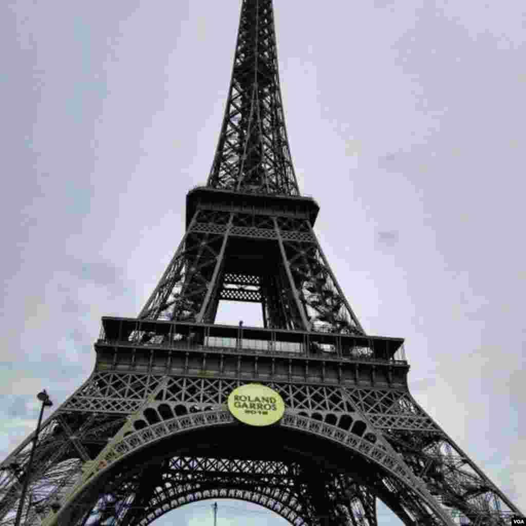 نمایی از برج ایفل پاریس عکس: افشین (ارسالی شما)