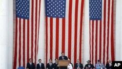 6.25 전쟁 정전 기념행사에서 연설하는 리언 파네타 미 국방장관.