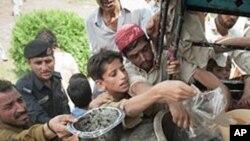 পাকিস্তানে ৩০ লক্ষেরও বেশি মানুষ খাদ্য এবং নিরাপদ পানির অভাবের সম্মুখীন