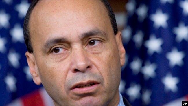 ICE confirma el arresto de cientos de inmigrantes indocumentados