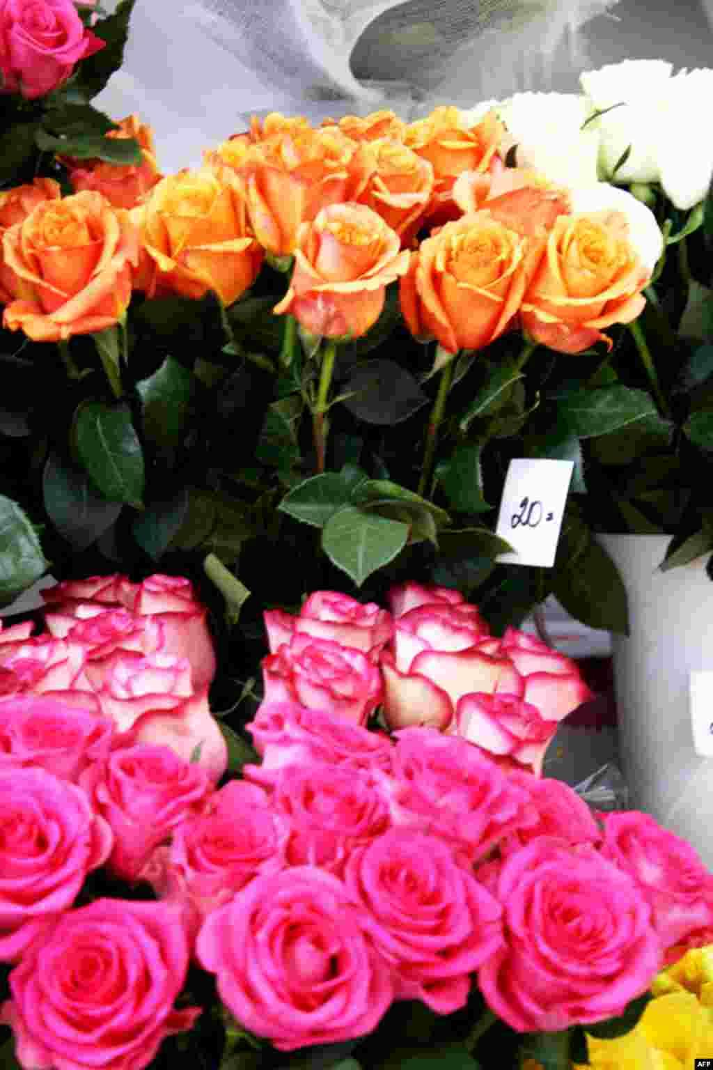 Хоча за кілька днів до Міжнародного жіночого дня ціни на квіти підскочили у кілька разів...