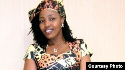 Joyceline Chiyaka, psicóloga angolana, cantora gospel e activista dos direitos das adolescentes