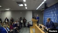 Ngoại trưởng Nga Sergei Lavrov gặp gỡ giới truyền thông tại Liên Hợp Quốc ở Manhattan, New York, ngày 1/10/2015.