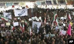 伊朗亲政府人士2月18日在德黑兰举行集会