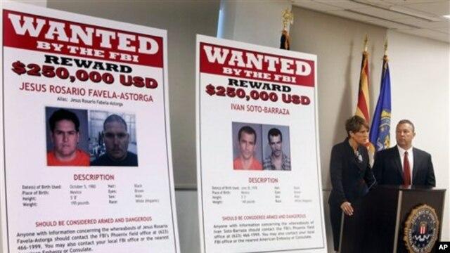 Các giới chức công bố áp phích truy nã 4 nghi can vụ sát hại nhân viên biên phòng Brian Terry, nghi can thứ 5 đã b ị bắt tại hiện trường